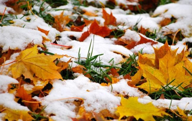 Фото: в Україні місцями дощі зі снігом