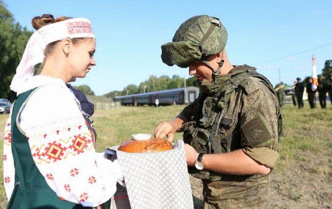 В Беларусь прибыл военный эшелон из России: что происходит