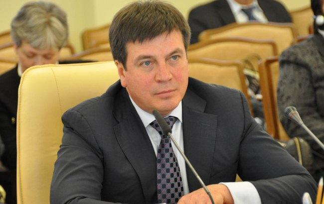 Кабмин Яценюка продолжает политику на повышение тарифов
