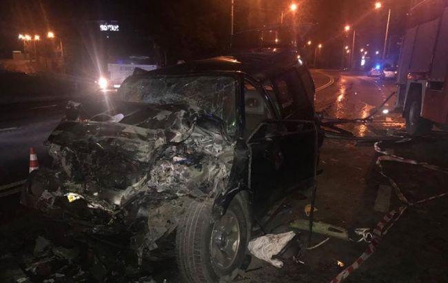 ВОдесі позашляховик зіткнувся завтобусом: 12 людей травмовані, загинула жінка-водій