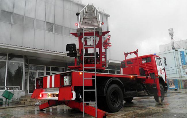 Рятувальники локалізували пожежу в універмазі в Ужгороді