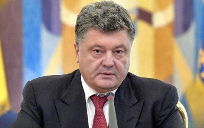 В полоні у бойовиків на Донбасі знаходяться понад 400 українців, - Порошенко