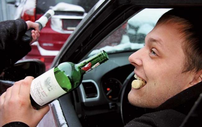 Фото: П'яний водій 7info.ru)