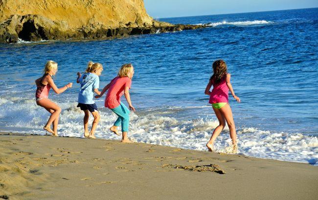 """""""Син не боїться ні морів, ні океанів"""": особливості подорожей за кордон з дитиною"""
