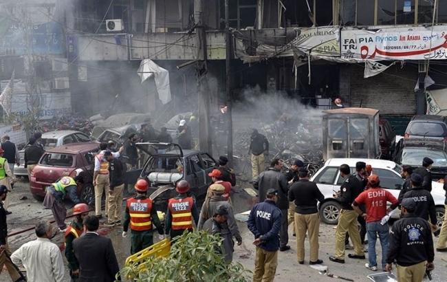 В Пакистане при попытке штурма здания суда погибли 6 человек