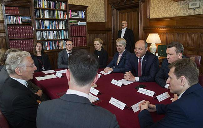 Фото: Парубій у парламенті Британії (rada.gov.uа)