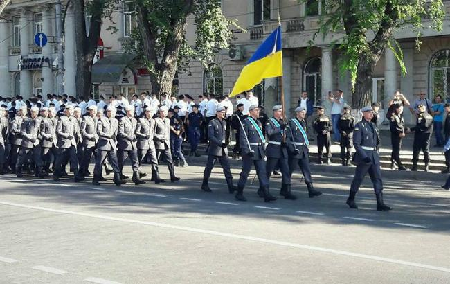 Фото: українські військові на репетиції параду в Кишиневі (прес-служба Міноборони України)