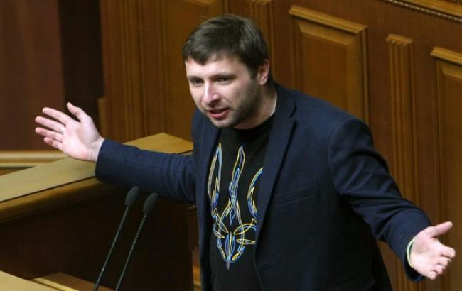 """""""Бил и бить буду"""": скандальный Парасюк объяснил любовь к парламентским дракам"""