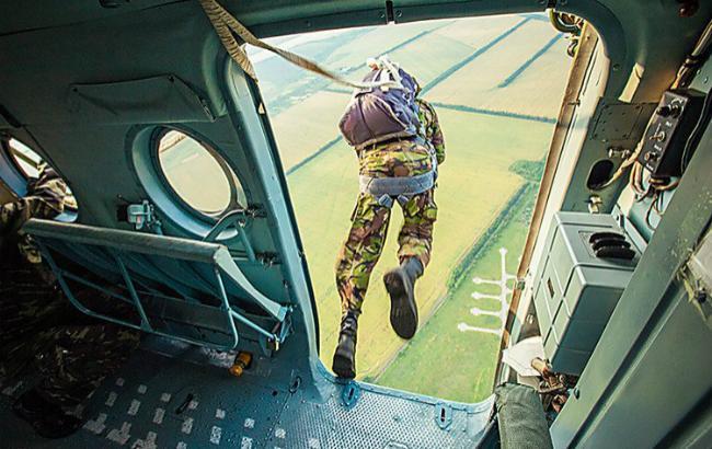 Pr-служба 79-й аэромобильной бригады неподтверждает смерть двоих десантников впроцессе прыжков