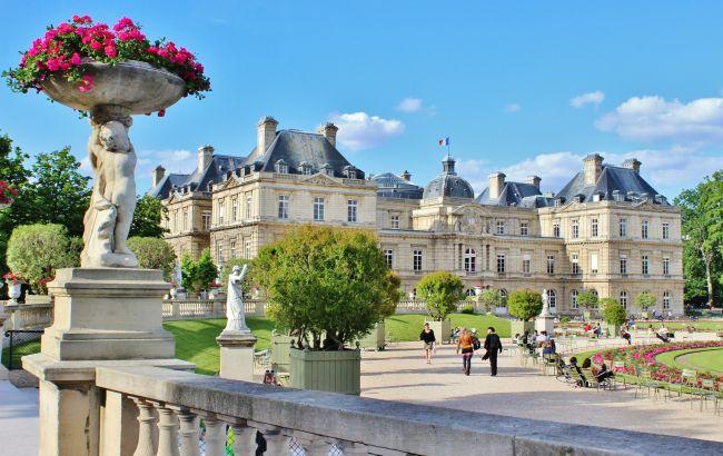 На вікенд до Ніцци та Парижа: коли українці зможуть планувати відпустку у Франції
