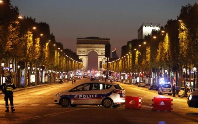 Фото: стрельба в центре Парижа