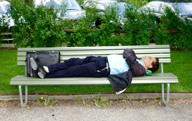 Фото: Українці зможуть поспати на роботі (pixabay.com/ru/users/422737)