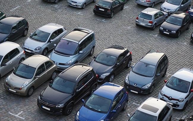 """""""Так еще и бляхер"""": в сети появилось фото авто очередного """"героя парковки"""""""