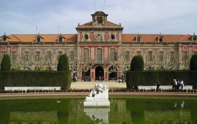 Парламент Каталонії ухвалив резолюцію про відокремлення від Іспанії