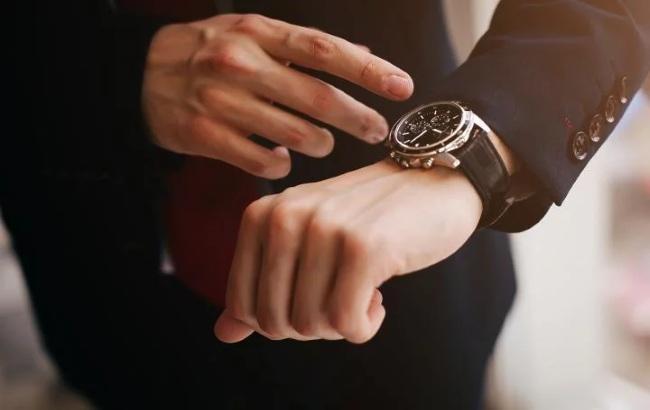 Для чего люди покупают наручные часы