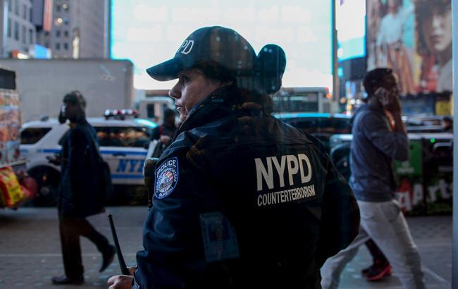 Фото: поліція затримала росіянку за здирництво у екс-губернатора Нью-Йорка
