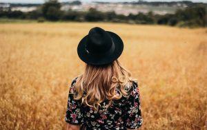Торопиться придется медленно: женский гороскоп с 27 сентября по 3 октября