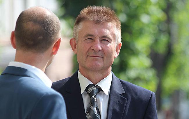 НАЗК виявило кримінальні порушення у деклараціях прокурора Волині та голови Старобільської РДА
