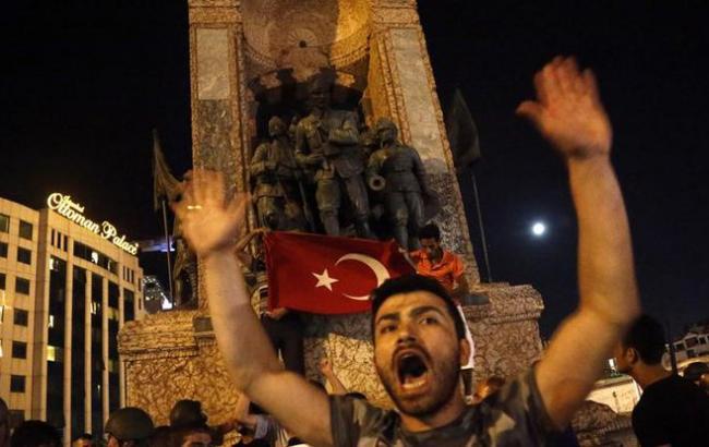 Фото: переворот в Турции