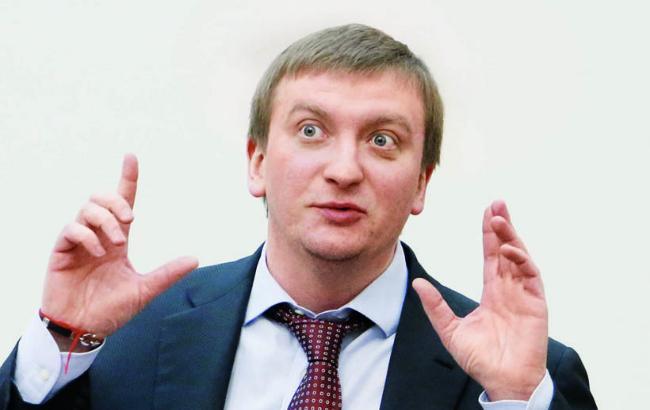 Фото: министр юстиции Украины Павел Петренко