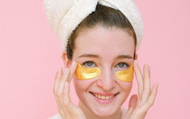 Косметолог рассказал, как избавиться от черных точек на лице в домашних условиях