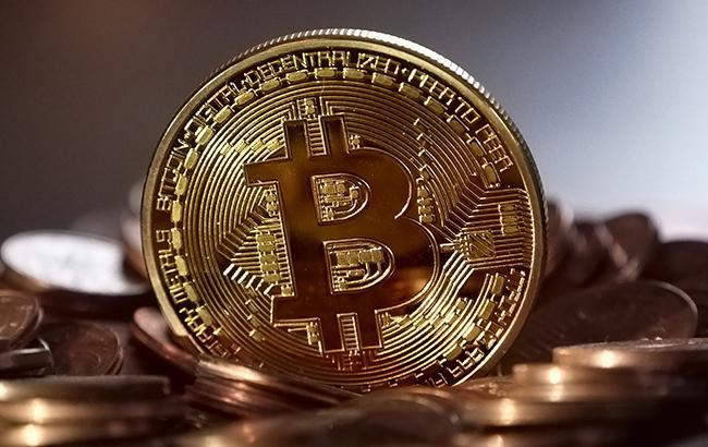 Курс биткоіна виріс на більш ніж 10% за добу