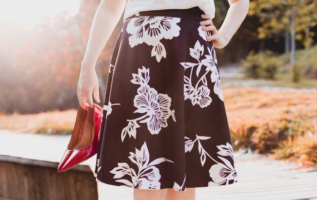 Трикотаж и ассиметрия: стилист показала, какие юбки выбрать на осень 2021