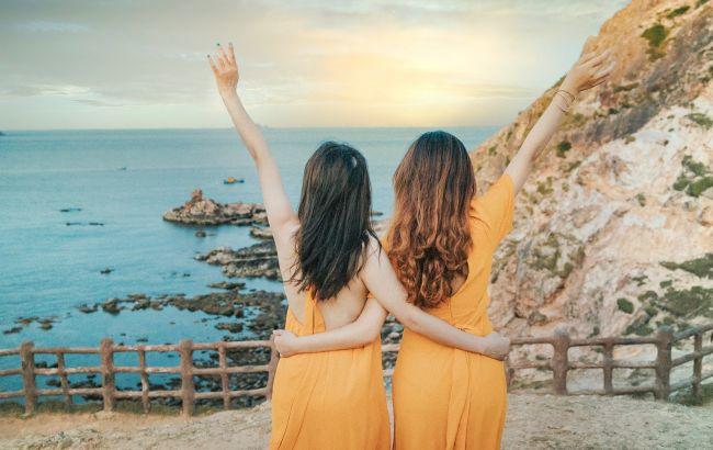 Как восстановить волосы после отпуска: действенные советы
