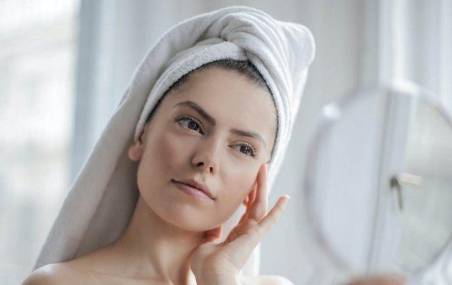 Нутриціолог назвала 5 простих способів, які позбавлять вас набряків на обличчі
