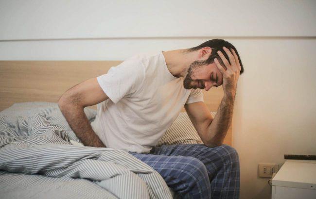 Загрожує проблемами з наднирковими залозами: дієтолог розповіла, як чоловікам позбутися стресу