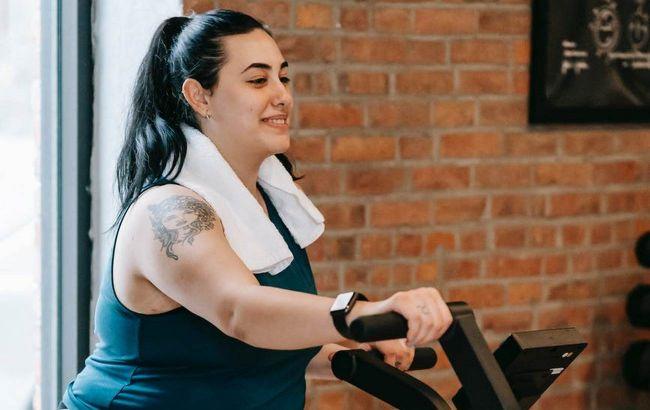 Спосіб, що завжди спрацьовує: нутриціолог розповіла, як утримати вагу після схуднення