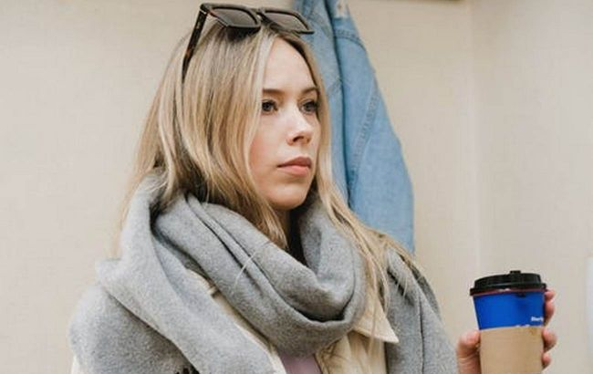 Избегайте этих ошибок: стилист показала, как носить шарф с верхней одеждой