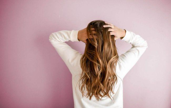 В 99% случаев из-за этого: нутрициолог рассказала, почему на самом деле выпадают волосы