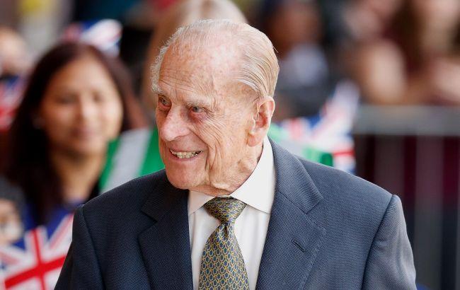 Мужа Елизаветы II выписали из больницы: 99-летний принц Филипп встревожил сеть своим видом