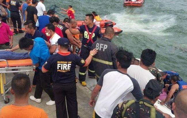 Аварія порома на Філіппінах.