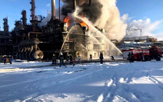В Ивано-Франковской области горел химзавод: пожар тушили полсотни спасателей