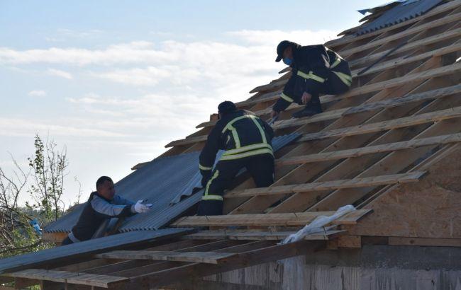 В Україні через негоду пошкоджено понад 140 будинків у двох областях
