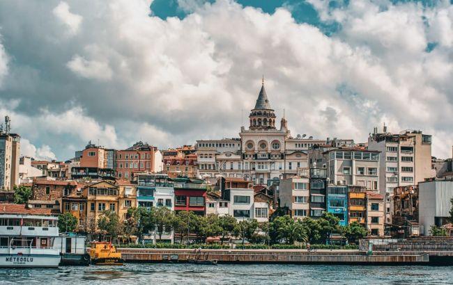 Пляжи и древние города: туры на Покрову за границей предлагают от 10 тысяч гривен за двоих