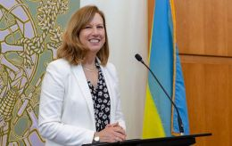 Повірена у справах США про російську пропаганду: Україні дістається найбільше