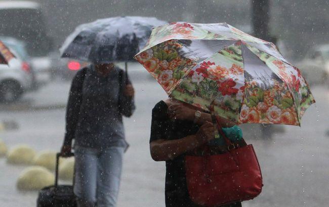 Дощі на заході, півдні та центрі:прогноз погоди на сьогодні