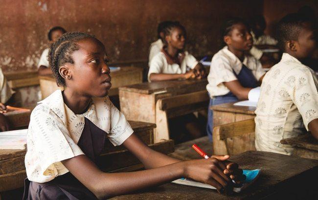 ВНигерии террористы похитили неменее сотни школьниц изучебных заведений