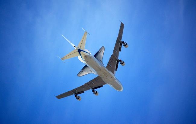 Airbus нарисовал елку в небе над Германией