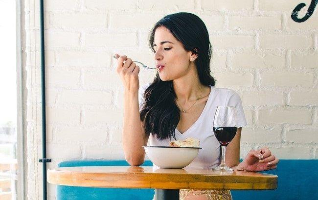 Що краще з'їсти на вечерю: важливі правила від дієтолога