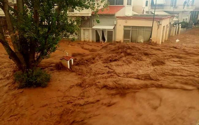 Наводнение в Греции: погибли минимум семь человек