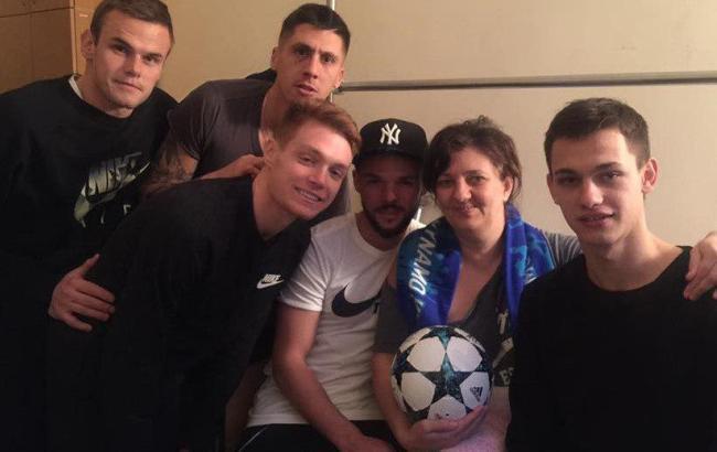 Фото: Футболисты в госпитале (facebook.com/nataliya.vetvitskaya)