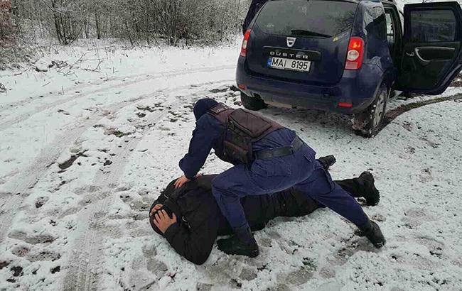 Фото: задержание Вано Надирадзе (РБК-Украина)