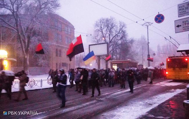 УКиєві прихильники Саакашвілі вийшли намарш за імпічмент. Оновлено