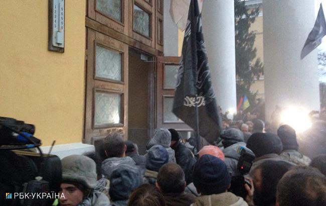 Фото: сутички (Олег Грищак, РБК-Украина)