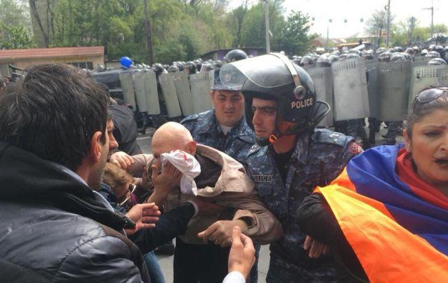 Фото: протесты в Ереване (facebook.com/iazar)