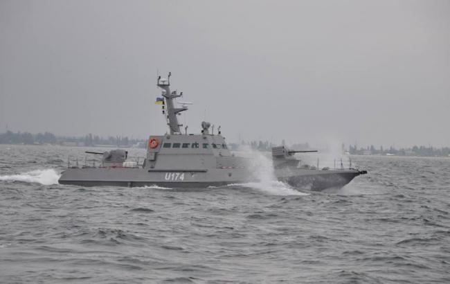 Поранені 6 військових моряків в результаті атаки РФ на українські кораблі